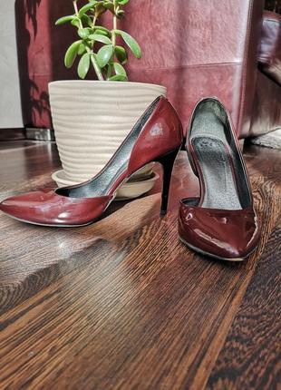 Стильные туфли - лодочки