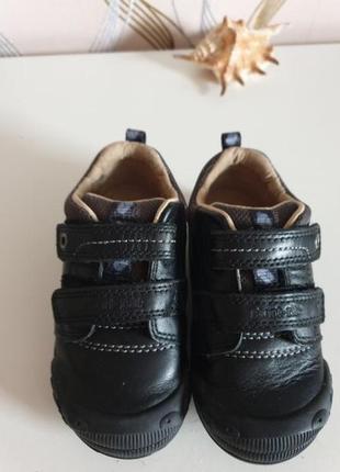 Туфли черные натуральная кожа снаружи и внутри 22-23