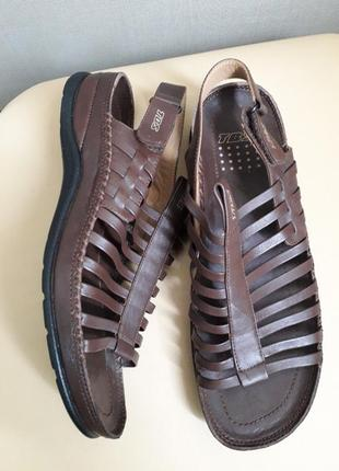 40 p. кожаные удобные босоножки сандалии tbs