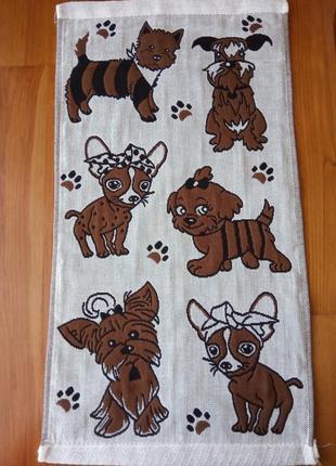 Яркие кухонные полотенца