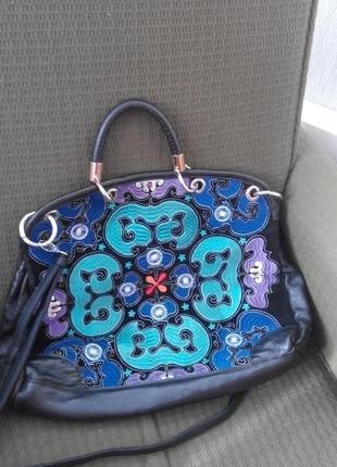 Кожаная сумка с вышивкой натуральная кожа