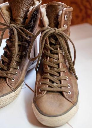 Бутсы, ботинки, кеды теплые, внутри мех 36 р.