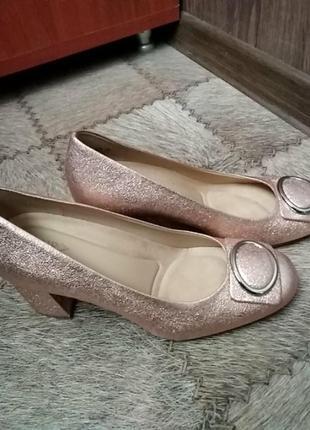 Туфли розово золотые