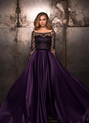Женское нарядное вечернее выпускное платье