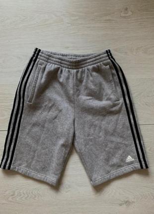 Мужские шорты adidas с-м размер