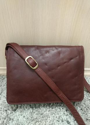 Практичная кожаная сумка планшетка nova leather
