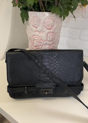 Кожаная сумка bershka