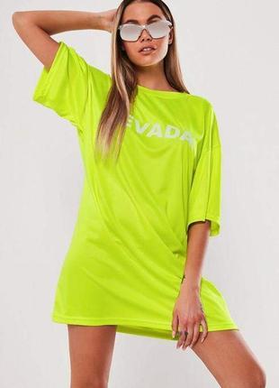 Missguided. товар из англии. неоновое платье футболка с обьемной надписью.