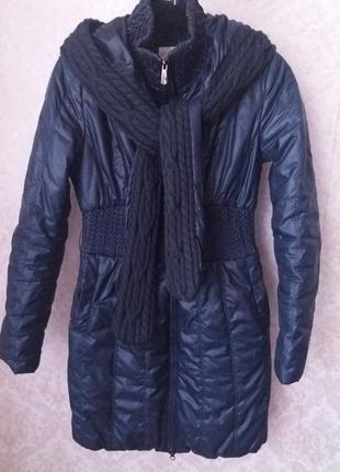 Демисезонное пальто/пуховик от бренда clasna