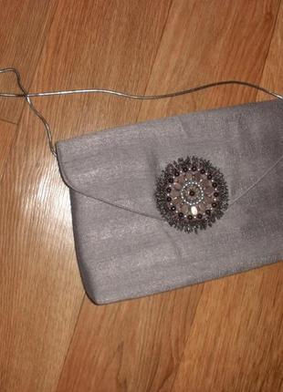 Интересная серебристая сумка через плечо клатч john lewis