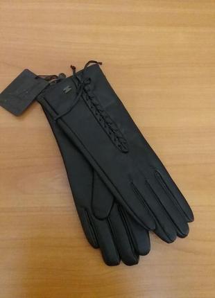Черные перчатки искусственная кожа на флисе