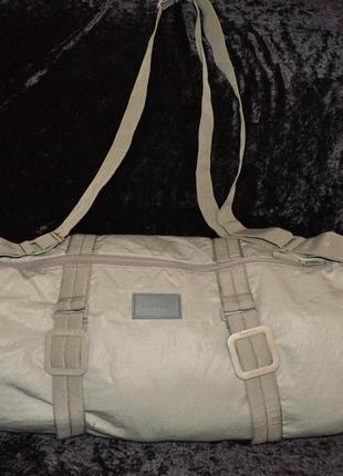 Светло-оливковая спортивная сумка reebok, оригинал