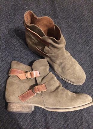 Kg kurt geiger кожаные замшевые ботильоны ботинки сапожки хаки