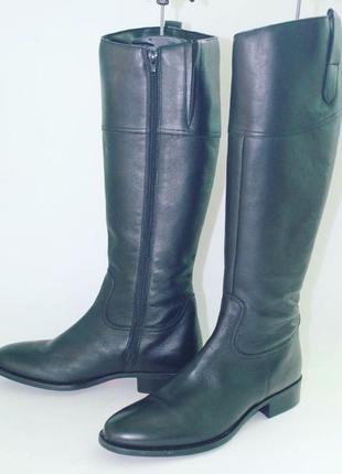 Класні стильні шкіряні чобітки!