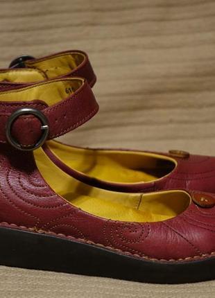 Неординарные бордовые кожаные туфли на танкетке the art company испания 39 р.