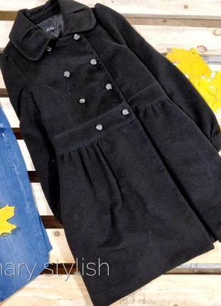 Пальто демисезон на пуговицах