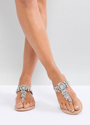Кожаные сандалии для широкой стопы с декоративной отделкой asos design