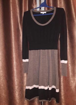 Шикарное шерстяное платье от  laura ashley