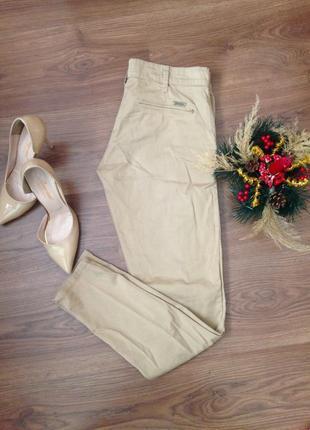 Стильные брюки от stradivarius
