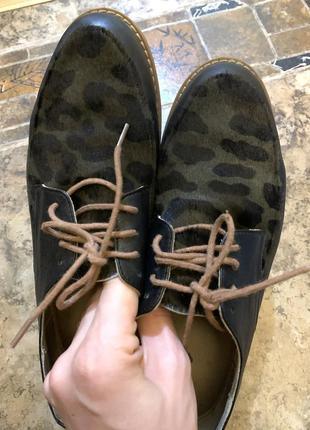 Туфли из натуральной кожи и мехом пони 38 размер