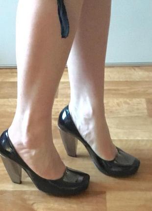 Лаковые туфли stoalos
