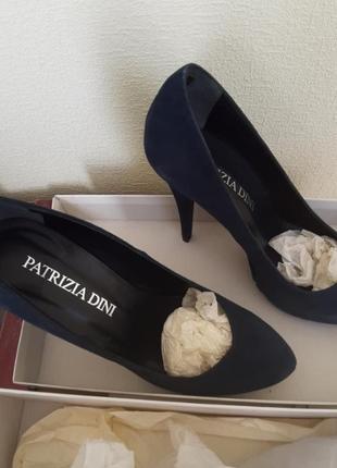 Темно- синие замшевые туфли patricia dinni