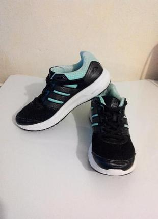 Кроссовки, кросівки adidas
