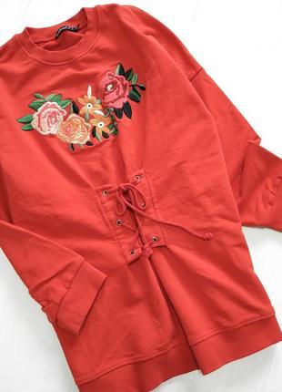 Оригинальный красный свитшот туника с вышивкой