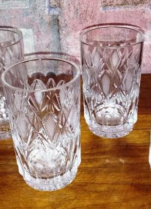 Хрустальные стаканы, югославия