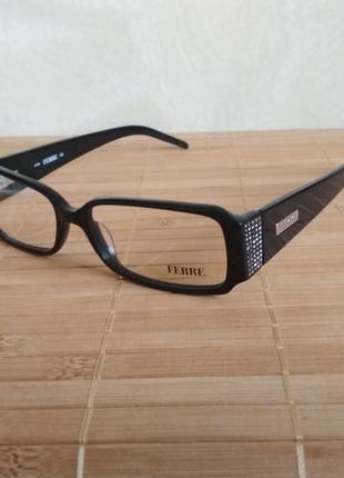 Прямоугольная черная оправа под линзы,очки с камнями swarovski оригинал  g.ferre gf299 01