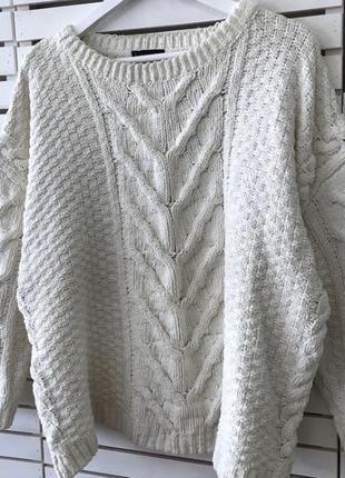 Шикарный свитер со спущенным плечом от f&f uk22