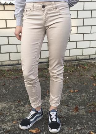 Очень крутые джинсы брюки tommy hilfiger