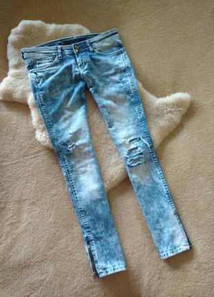 Стильные джинсы crafted 27 размера.