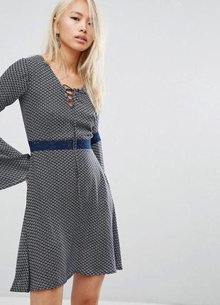 Rock&religion вискозное платье со шнуровкой, расклешенный рукав, р.англ.14, m-l