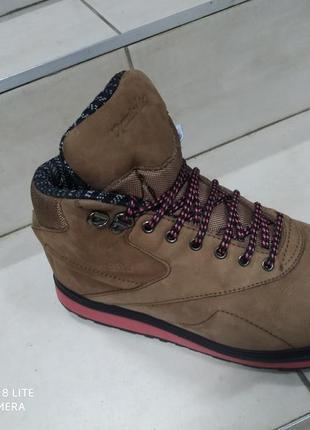 Спортивные ботинки reebok