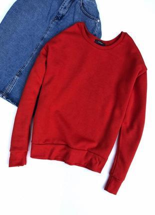 Стильный  красный свитшот на флисе, l.