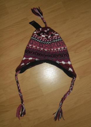 Тёплая шапка молодёжного бренда new yorker