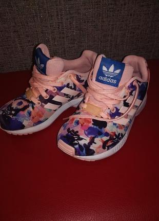 Кроссовки adidas, 19см по стельке