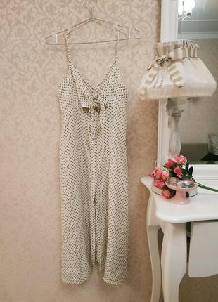 Длинное платье с завязкой на груди