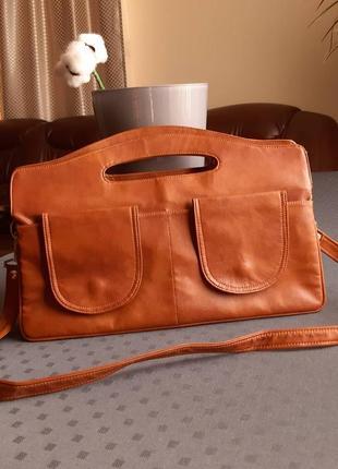 Кожаная красивая коричневая сумка