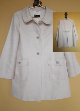 Красивое брендовое пальто