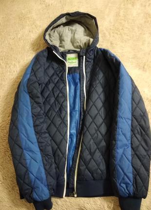 Очень хорошая курточка осень-весна