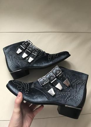Стильні черевики bronx