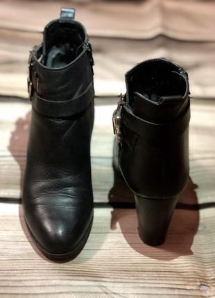 Стильные ботильоны, ботинки на каблуке2 фото