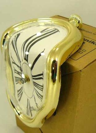Мягкие часы