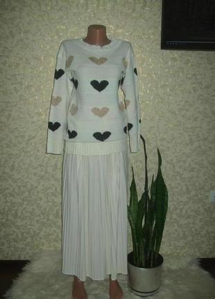 Милый свитер с сердечками quiz
