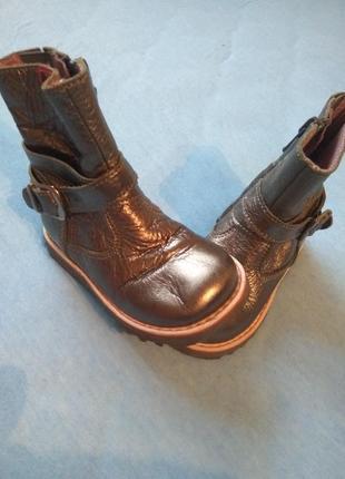 Красивенные гламурные ботиночки на малышку из кожы