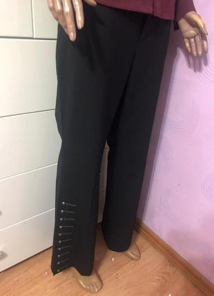 Стильные брюки в составе шерсть ,люкс бренда без торга