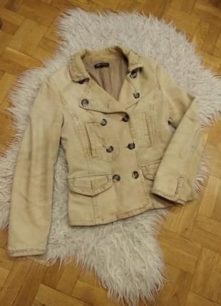 Вельветовая куртка monton