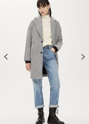 Модное пальто от бренда topshop